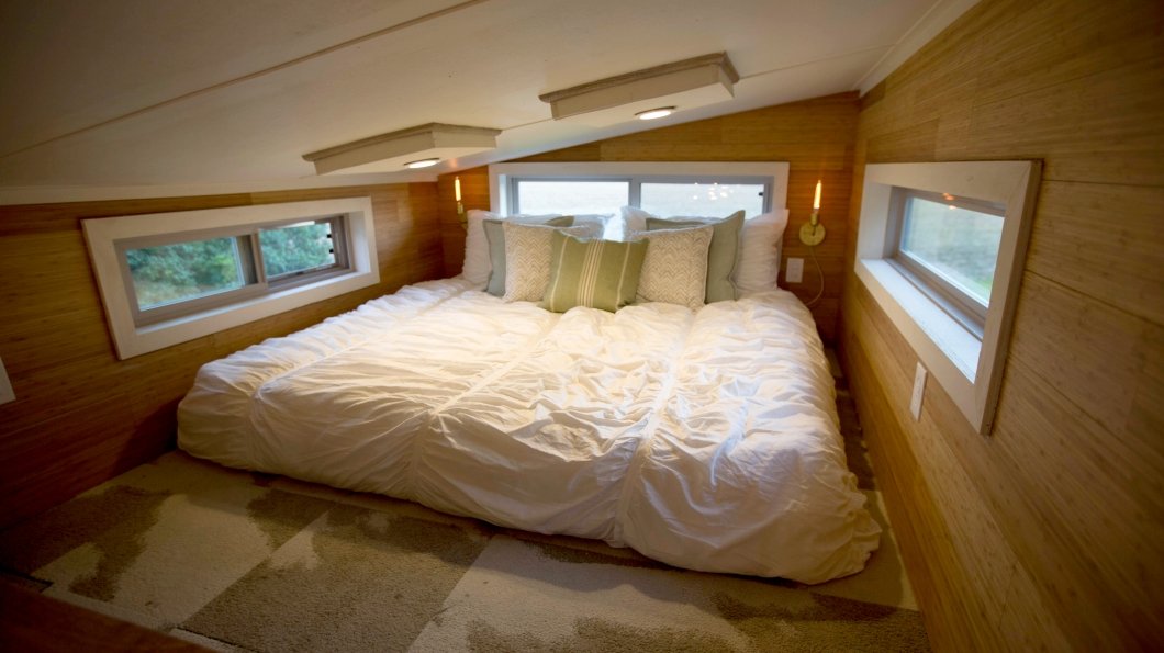 Loft conversions sevenoaks westerham oxted east for Bedroom designs for small houses